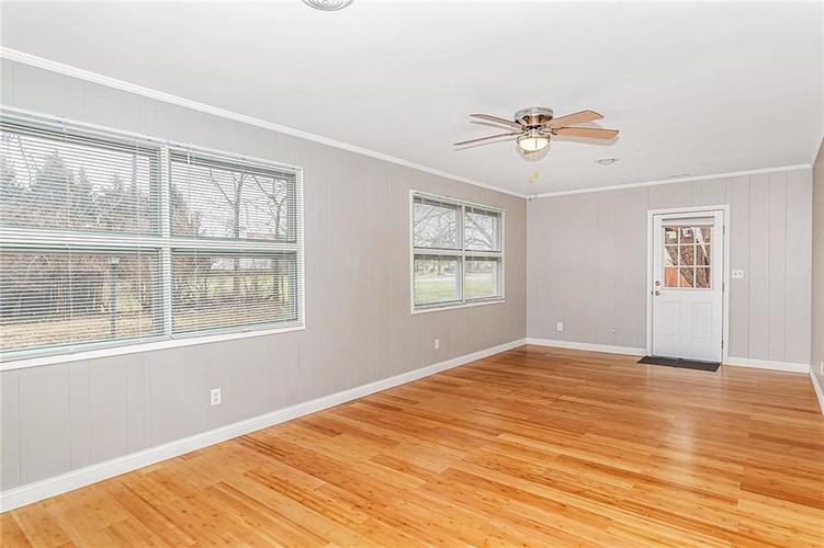 3320 W 62nd Place Indianapolis, IN 46228 | MLS 21694910 | photo 10