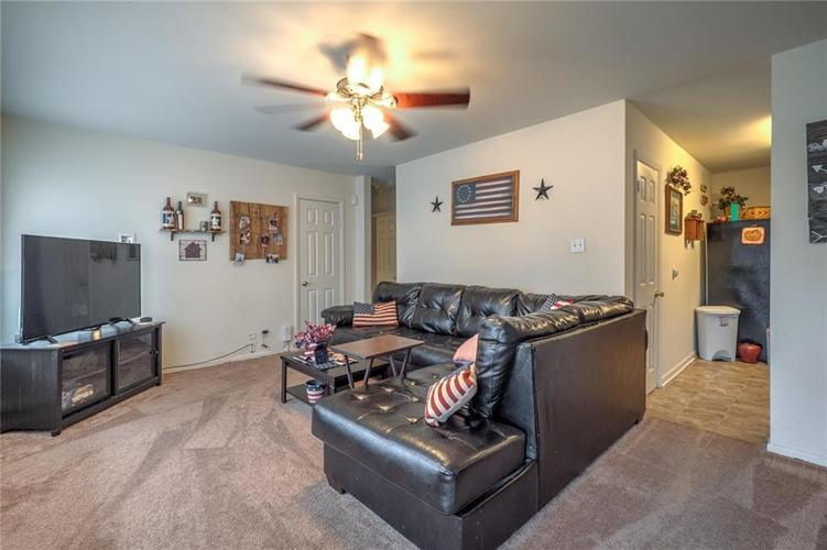 85 S Lynhurst Drive Indianapolis IN 46241   MLS 21695070   photo 2