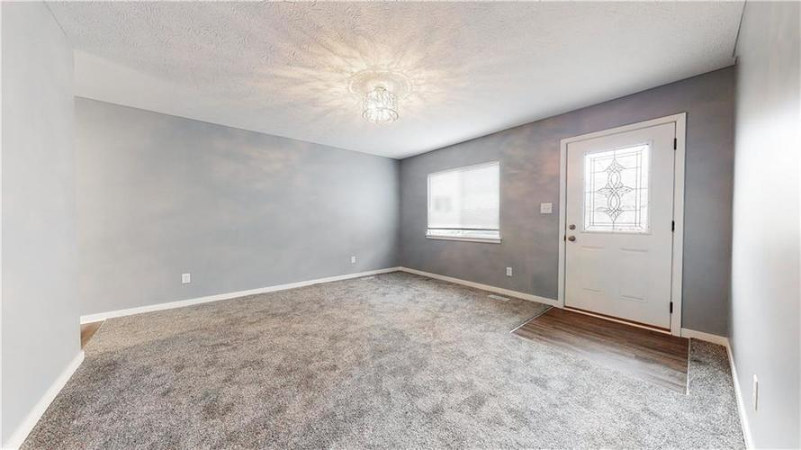 8243 E 41st Place Indianapolis IN 46226   MLS 21695179   photo 10