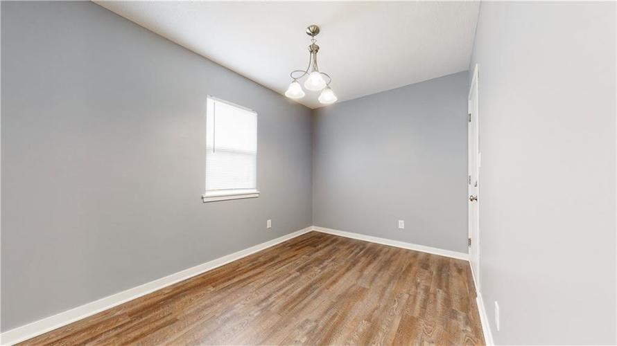 8243 E 41st Place Indianapolis IN 46226   MLS 21695179   photo 18