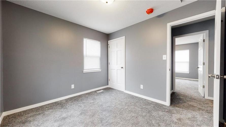 8243 E 41st Place Indianapolis IN 46226   MLS 21695179   photo 26