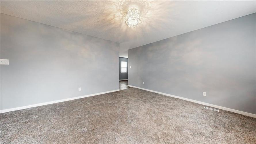 8243 E 41st Place Indianapolis IN 46226   MLS 21695179   photo 9