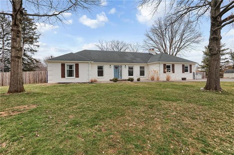 7866 Redcoach Circle Indianapolis, IN 46250 | MLS 21695181 | photo 1