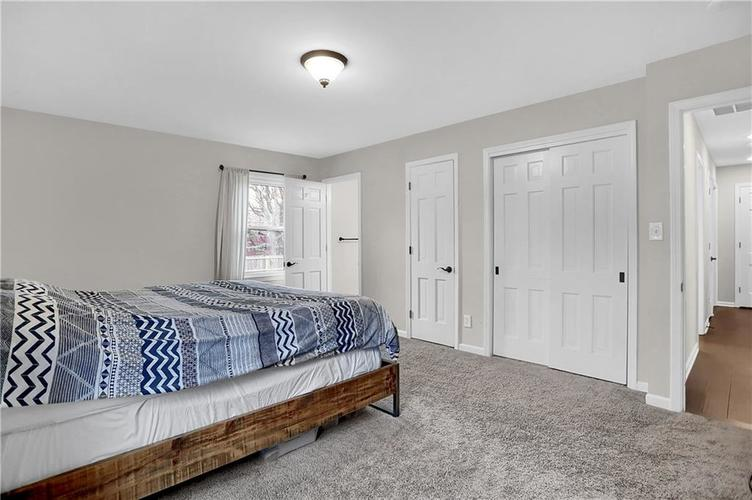 7866 Redcoach Circle Indianapolis, IN 46250 | MLS 21695181 | photo 23