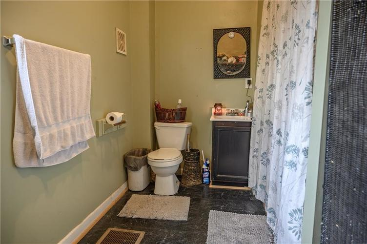 1801 Olive Street Indianapolis, IN 46203 | MLS 21695193 | photo 15