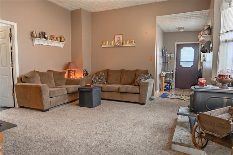 1801 Olive Street Indianapolis, IN 46203 | MLS 21695193 | photo 3