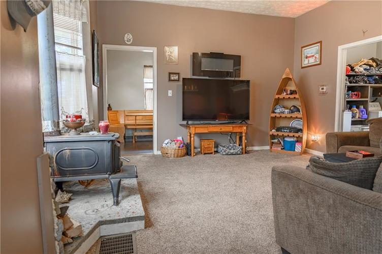 1801 Olive Street Indianapolis, IN 46203 | MLS 21695193 | photo 4