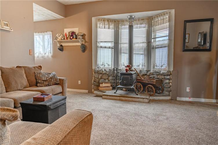1801 Olive Street Indianapolis, IN 46203 | MLS 21695193 | photo 5