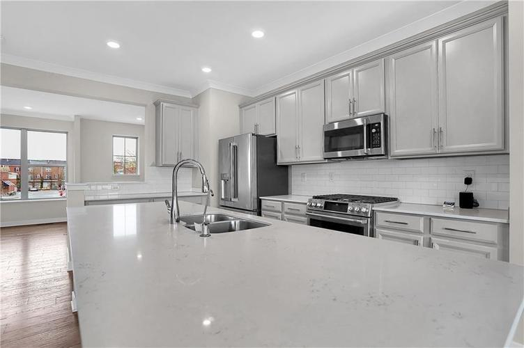 13293 Minden Drive Fishers, IN 46038   MLS 21695259   photo 6