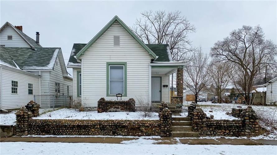 1235 S Sheffield Avenue Indianapolis IN 46221 | MLS 21695282 | photo 1