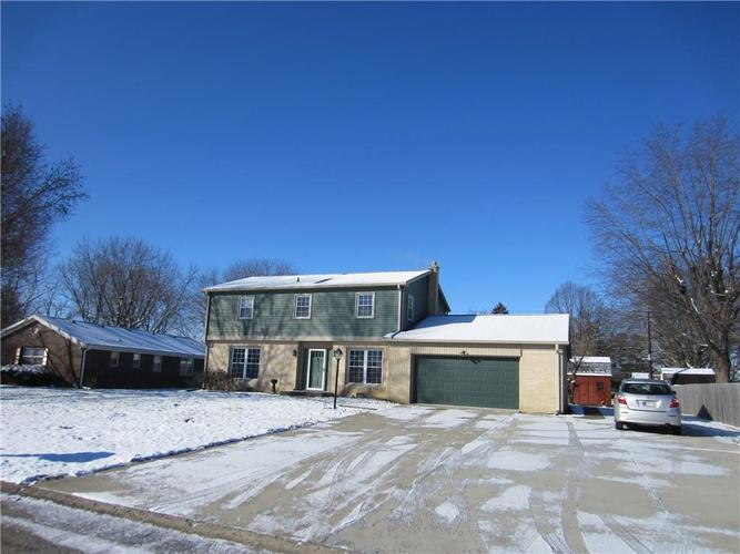 438 Boxford Court Indianapolis, IN 46214   MLS 21695339   photo 1