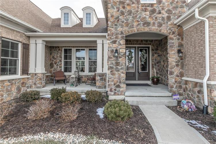 14329 Overbrook Drive Carmel IN 46074 | MLS 21695368 | photo 2
