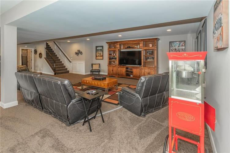 14329 Overbrook Drive Carmel IN 46074 | MLS 21695368 | photo 35