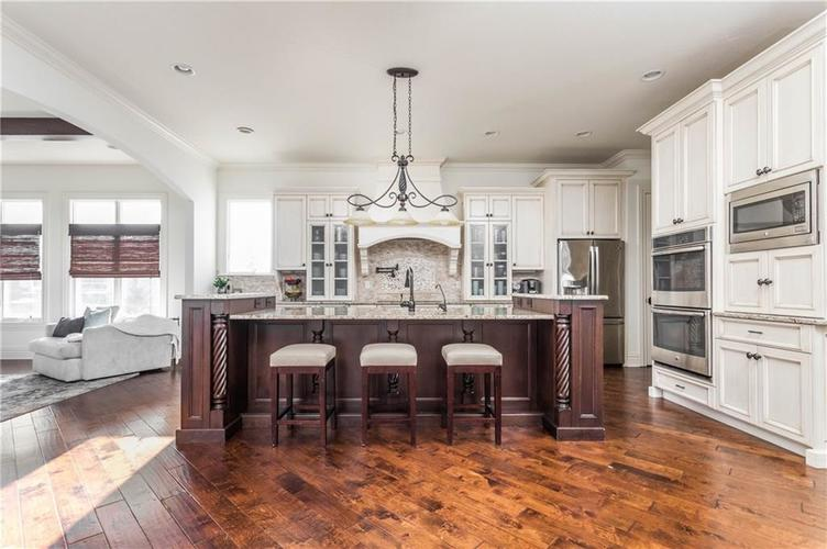 11621 Willow Springs Drive Zionsville, IN 46077   MLS 21695393   photo 11