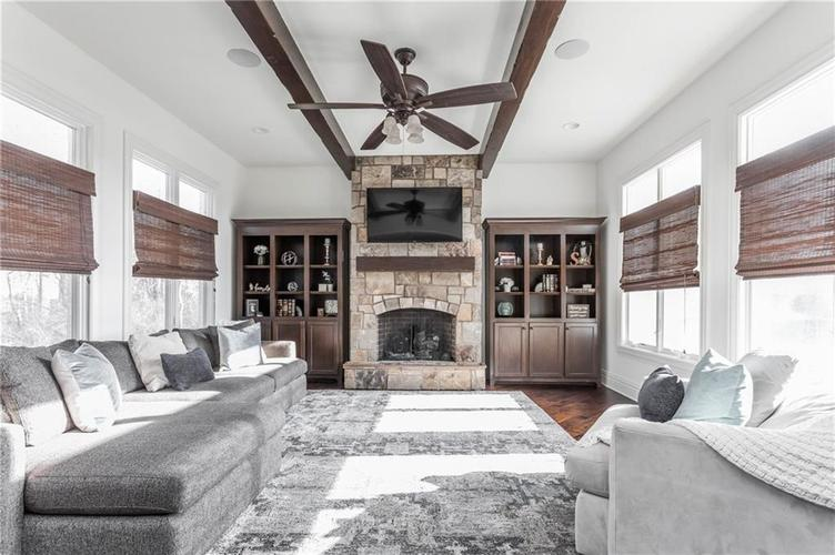11621 Willow Springs Drive Zionsville, IN 46077   MLS 21695393   photo 15