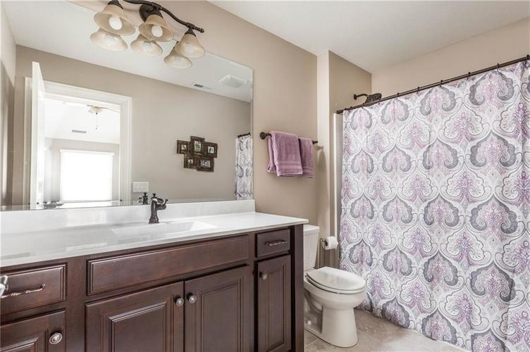 11621 Willow Springs Drive Zionsville, IN 46077   MLS 21695393   photo 27