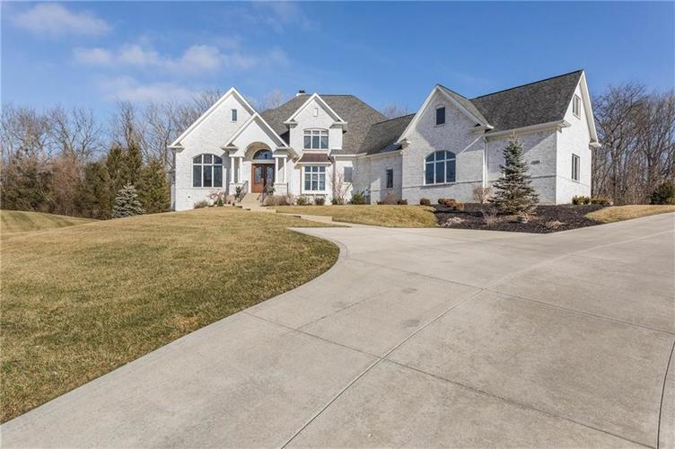11621 Willow Springs Drive Zionsville, IN 46077   MLS 21695393   photo 3