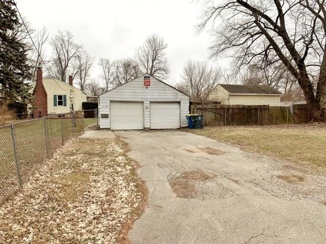 9423 E 46th Street Indianapolis, IN 46235 | MLS 21695582 | photo 2