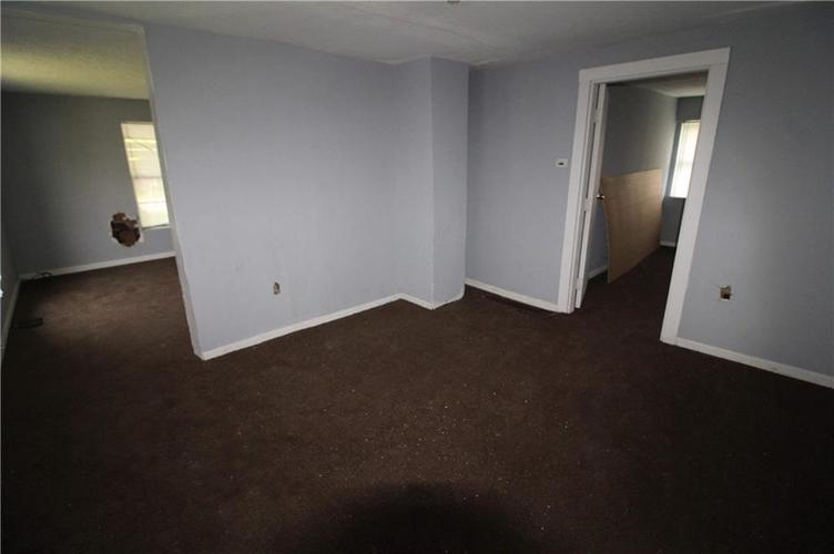 3156 Collier Street Indianapolis IN 46221 | MLS 21695626 | photo 13
