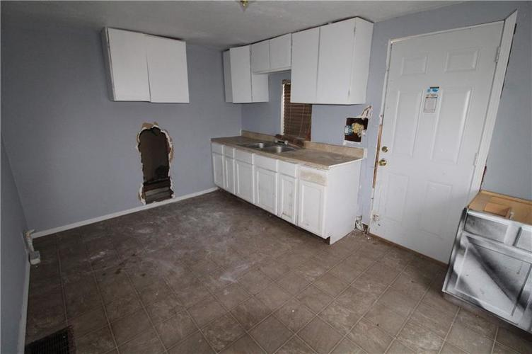 3156 Collier Street Indianapolis IN 46221 | MLS 21695626 | photo 20