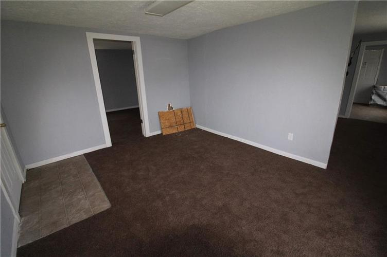 3156 Collier Street Indianapolis IN 46221 | MLS 21695626 | photo 6