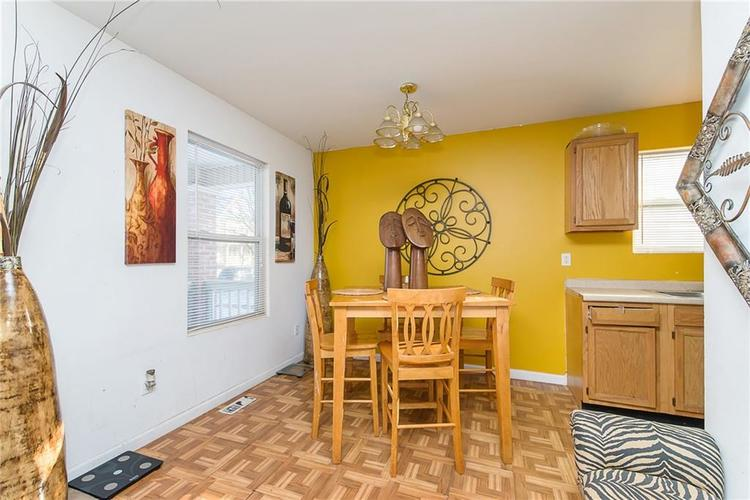 2416 N New Jersey Street Indianapolis IN 46205 | MLS 21695627 | photo 11