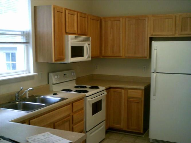10405 Ethel Street #A & B Indianapolis, IN 46280 | MLS 21695654 | photo 2