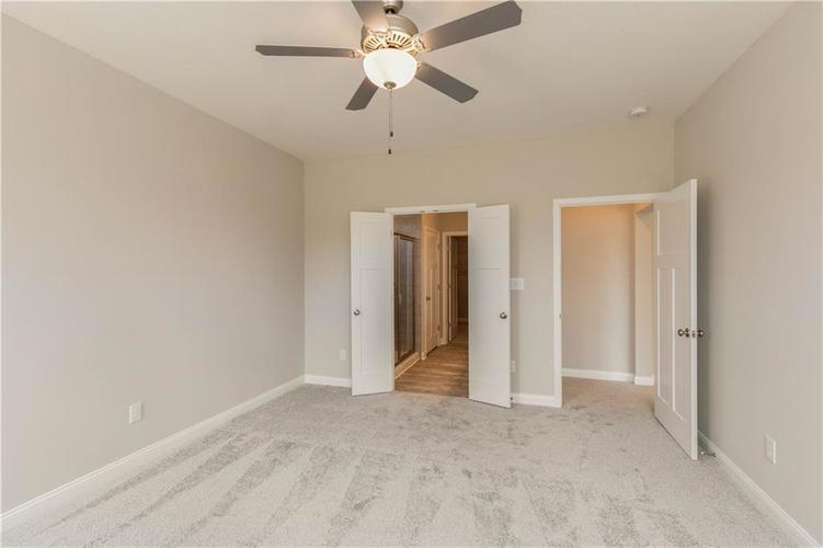 5844 Lyster Lane Indianapolis IN 46259 | MLS 21695867 | photo 13