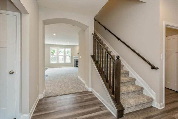 5844 Lyster Lane Indianapolis IN 46259 | MLS 21695867 | photo 20