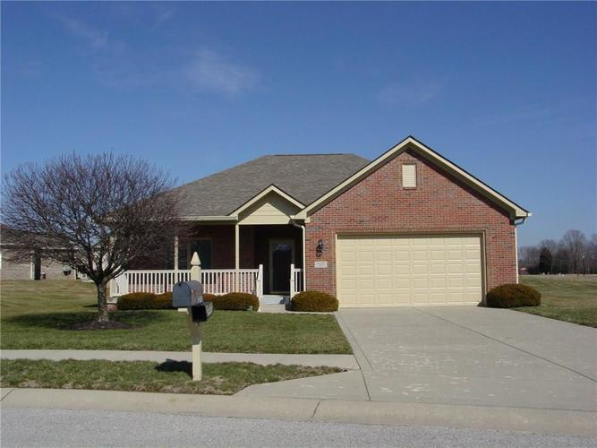 5450 E Commons Drive Mooresville, IN 46158 | MLS 21695998