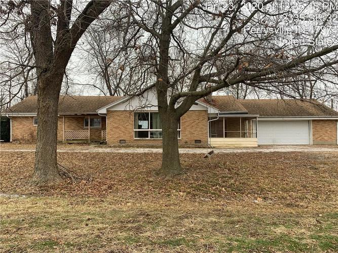 2079 W State Road 32 Perrysville IN 47974   MLS 21696018   photo 1