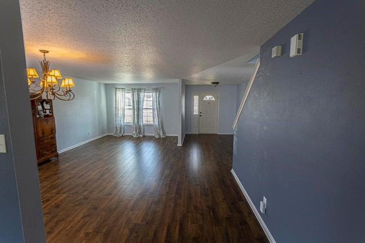 1954 Branchside Court Greenfield IN 46140 | MLS 21696025 | photo 4