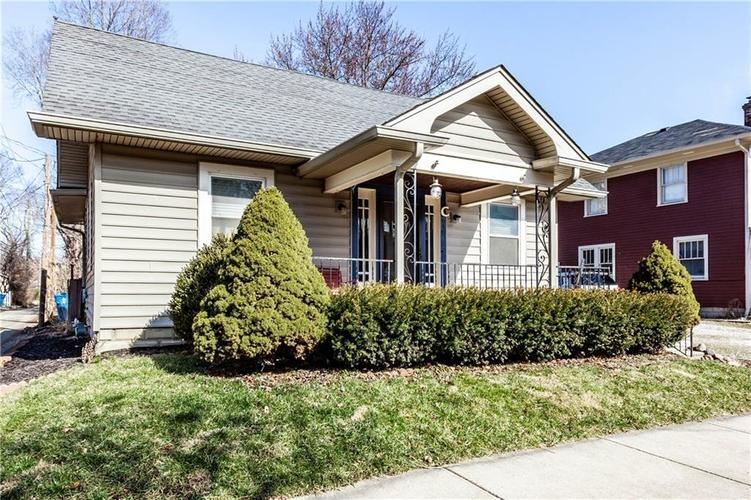 648 E 51st St Indianapolis IN 46205 | MLS 21696183 | photo 2