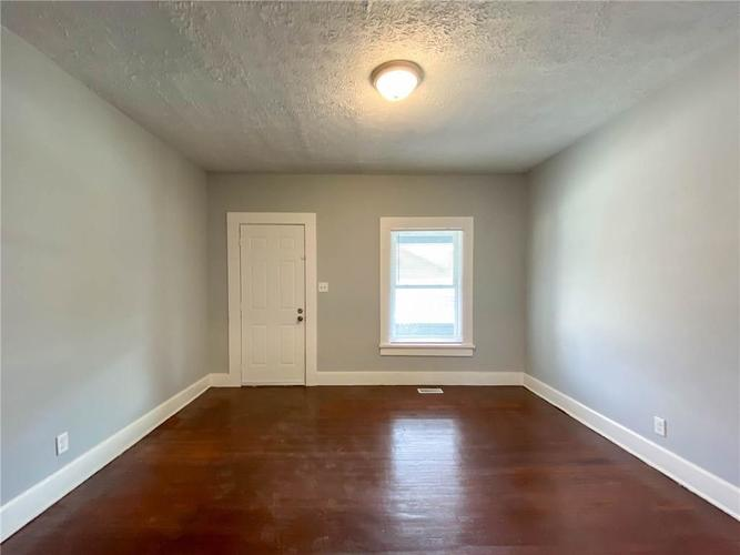 836 N Gray Street Indianapolis IN 46201 | MLS 21696206 | photo 14