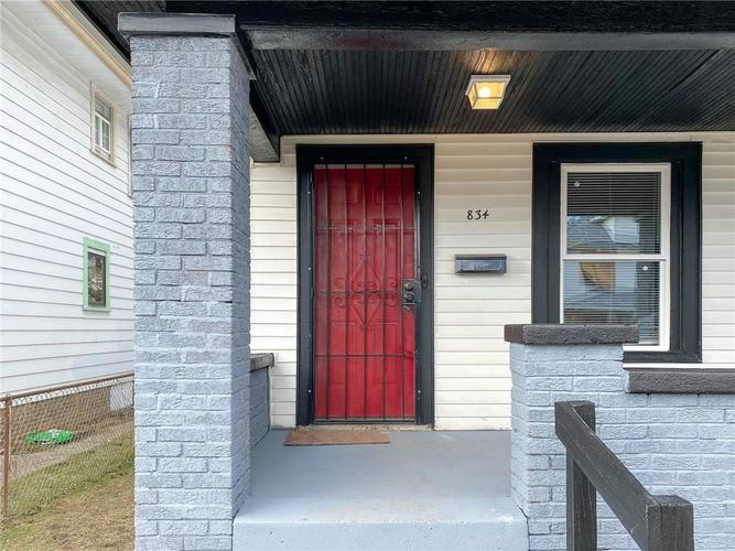 836 N Gray Street Indianapolis IN 46201 | MLS 21696206 | photo 2