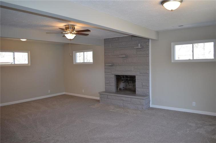 6640 E 52nd Street Indianapolis IN 46226 | MLS 21696229 | photo 2
