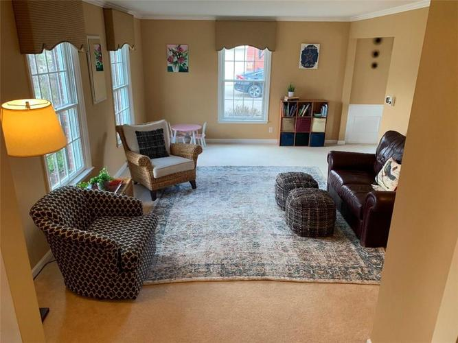 5321 E 72nd Place Indianapolis, IN 46250 | MLS 21696274 | photo 12
