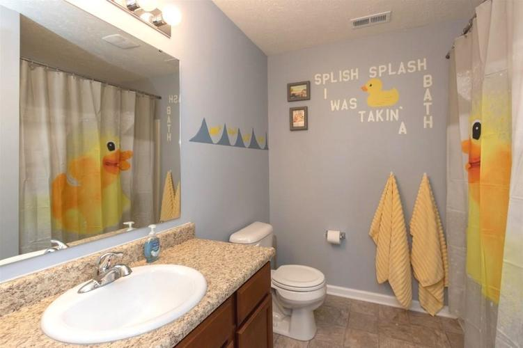 2462 Sungold Trail Greenwood, IN 46143 | MLS 21696326 | photo 20