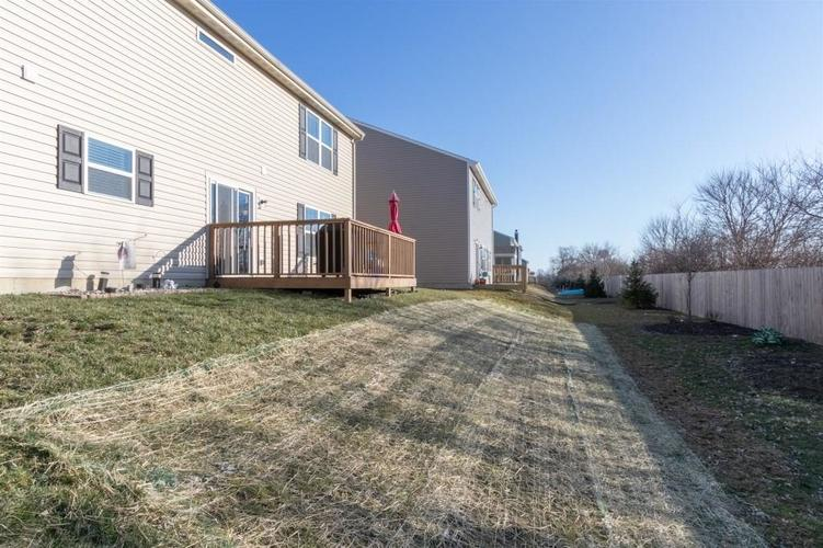 2462 Sungold Trail Greenwood, IN 46143 | MLS 21696326 | photo 23