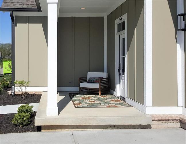 1506 Daylight Drive Indianapolis IN 46280 | MLS 21696340 | photo 2
