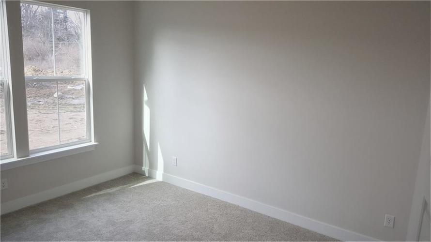 1506 Daylight Drive Indianapolis IN 46280 | MLS 21696340 | photo 23