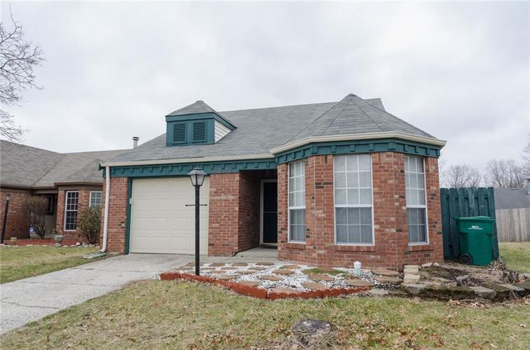 3685 Smallwood Lane East Indianapolis, IN 46214 | MLS 21696353 | photo 1