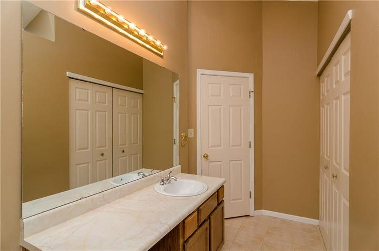 3685 Smallwood Lane East Indianapolis, IN 46214 | MLS 21696353 | photo 12