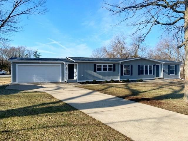 9301 Pinetree Court Indianapolis, IN 46235 | MLS 21696404 | photo 1