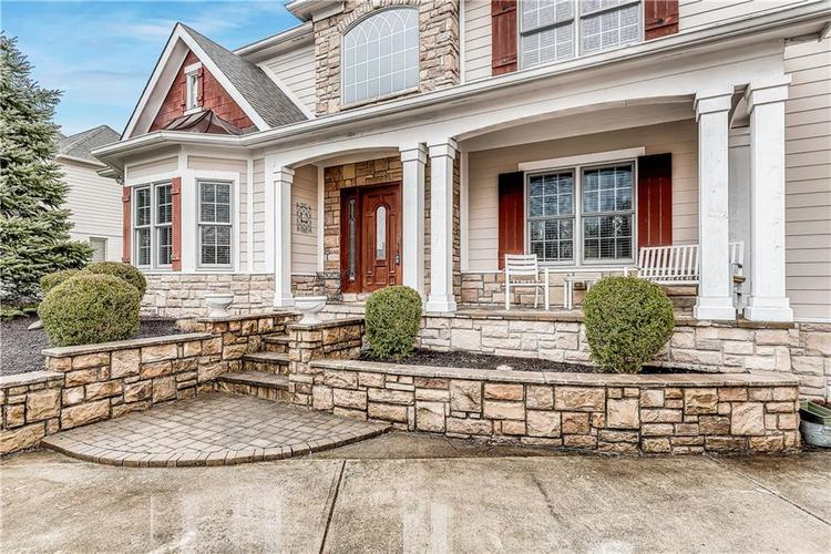 13407 Water Crest Drive Fishers, IN 46038 | MLS 21696423 | photo 2
