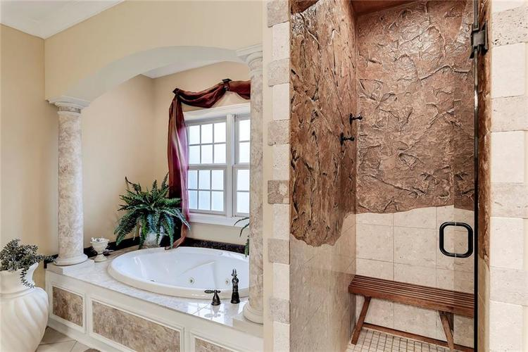 13407 Water Crest Drive Fishers, IN 46038 | MLS 21696423 | photo 24