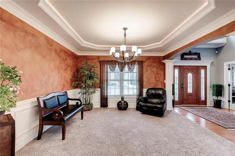 13407 Water Crest Drive Fishers, IN 46038 | MLS 21696423 | photo 6