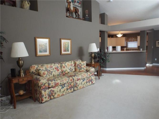 1219 Blue Bird Drive Indianapolis, IN 46231 | MLS 21696494 | photo 4