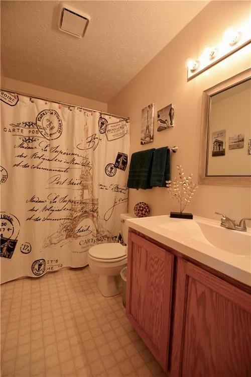 7316 RED ROCK Road Indianapolis, IN 46236 | MLS 21696708 | photo 15