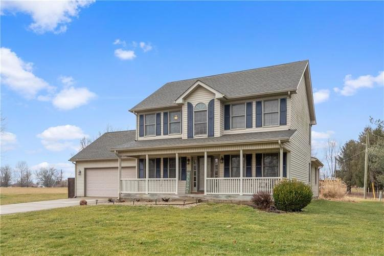 2882 E Cottonwood Trail Morristown IN 46161 | MLS 21696755 | photo 1